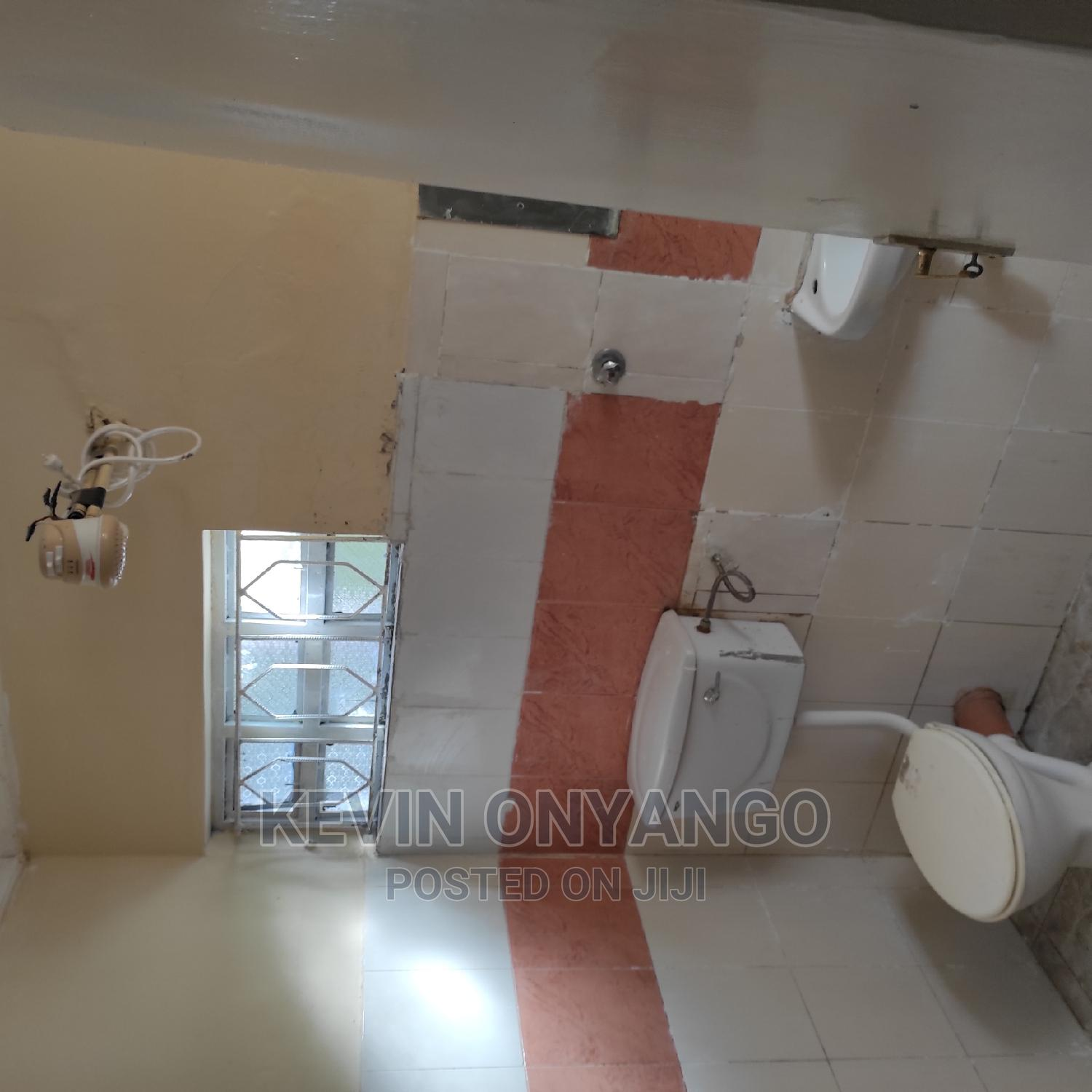 Archive: 3 Bedroom Maisonette With 1bedroom DSQ in South B