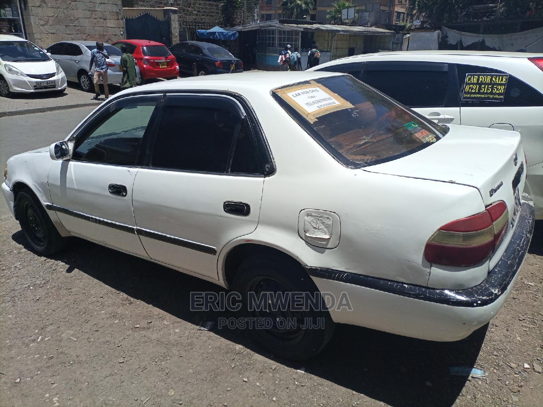 Archive: Toyota Corolla 1998 Sedan White