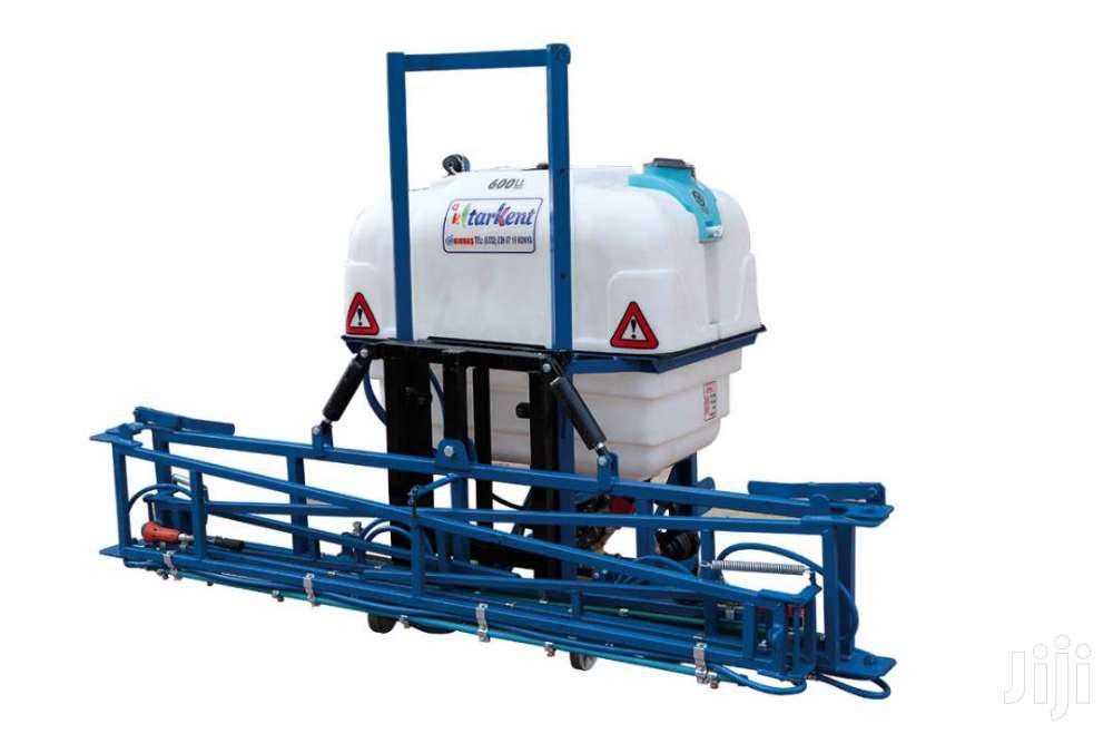 600 Liters Hydraulic Field Sprayer