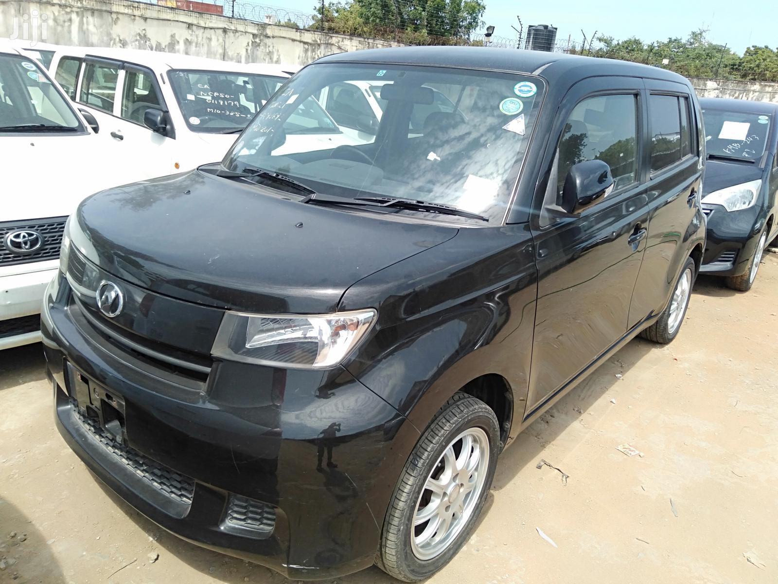 Toyota bB 2012 Black