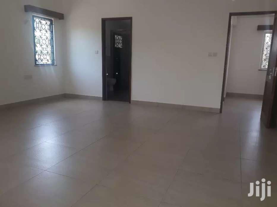 OLD NYALI- 4 BEDROOM HOUSE OWN COMPOUND On HALF ACRE With SQ FOR RENT | Houses & Apartments For Rent for sale in Nyali, Mombasa, Kenya