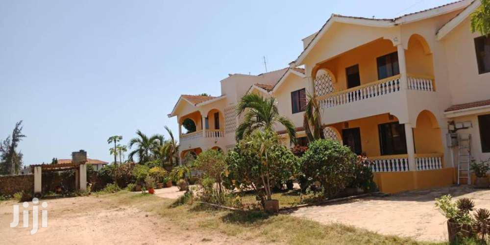 Detached 4- Bedroom Villa | Houses & Apartments For Rent for sale in Nyali, Mombasa, Kenya