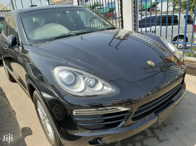 Porsche Cayenne 2012 S Hybrid Black