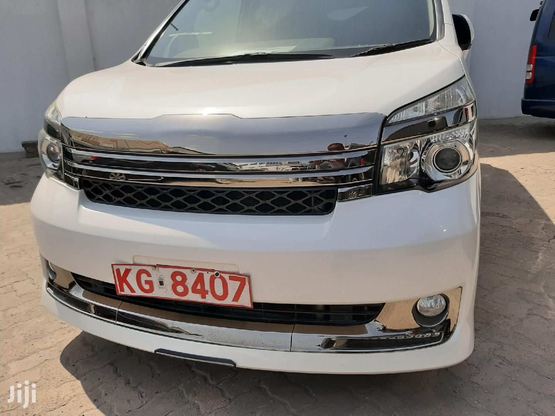 Toyota Voxy 2012 White | Cars for sale in Mvita, Mombasa, Kenya