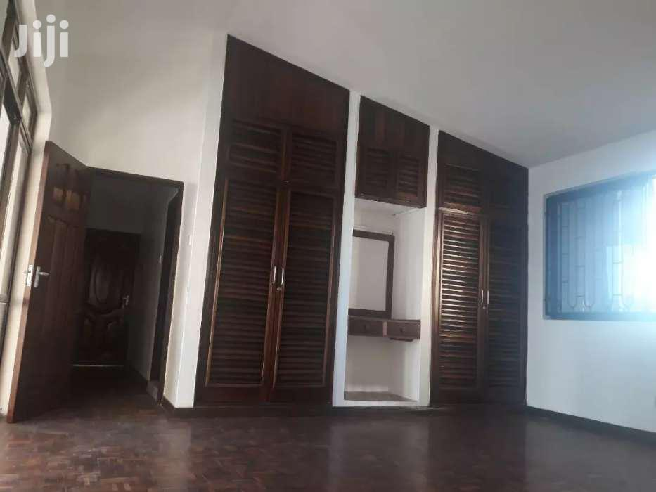 NYALI- 4 Bedroom HOUSE OWN COMPOUND With SWIMMING POOL On HALF ACRE   Houses & Apartments For Sale for sale in Nyali, Mombasa, Kenya