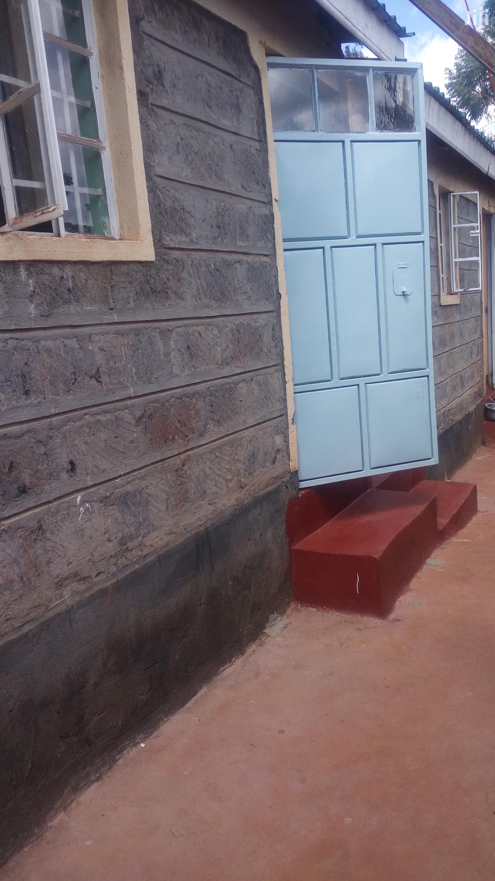Single Room to Let in Ruaka