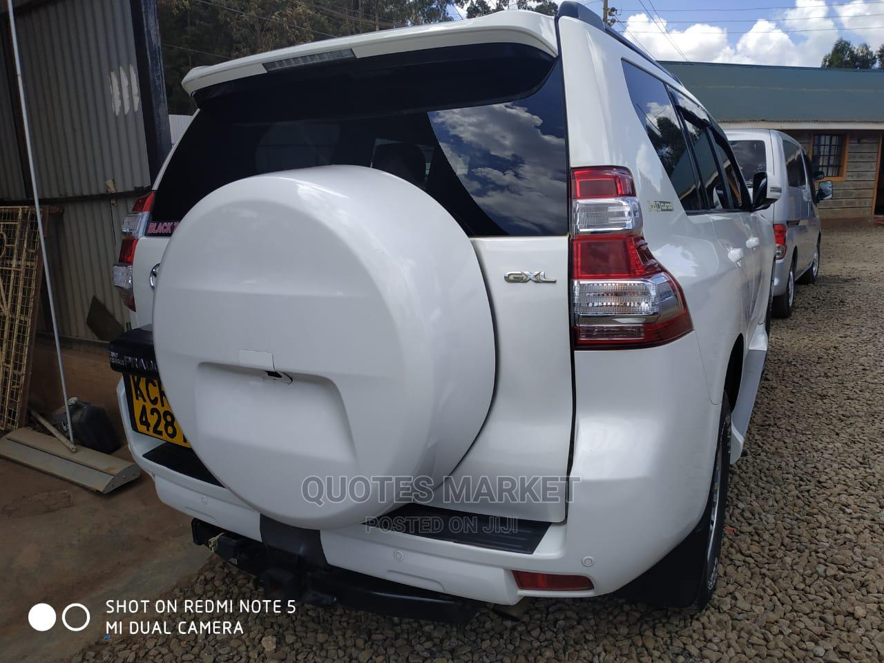Archive: Toyota Land Cruiser Prado 2012 White