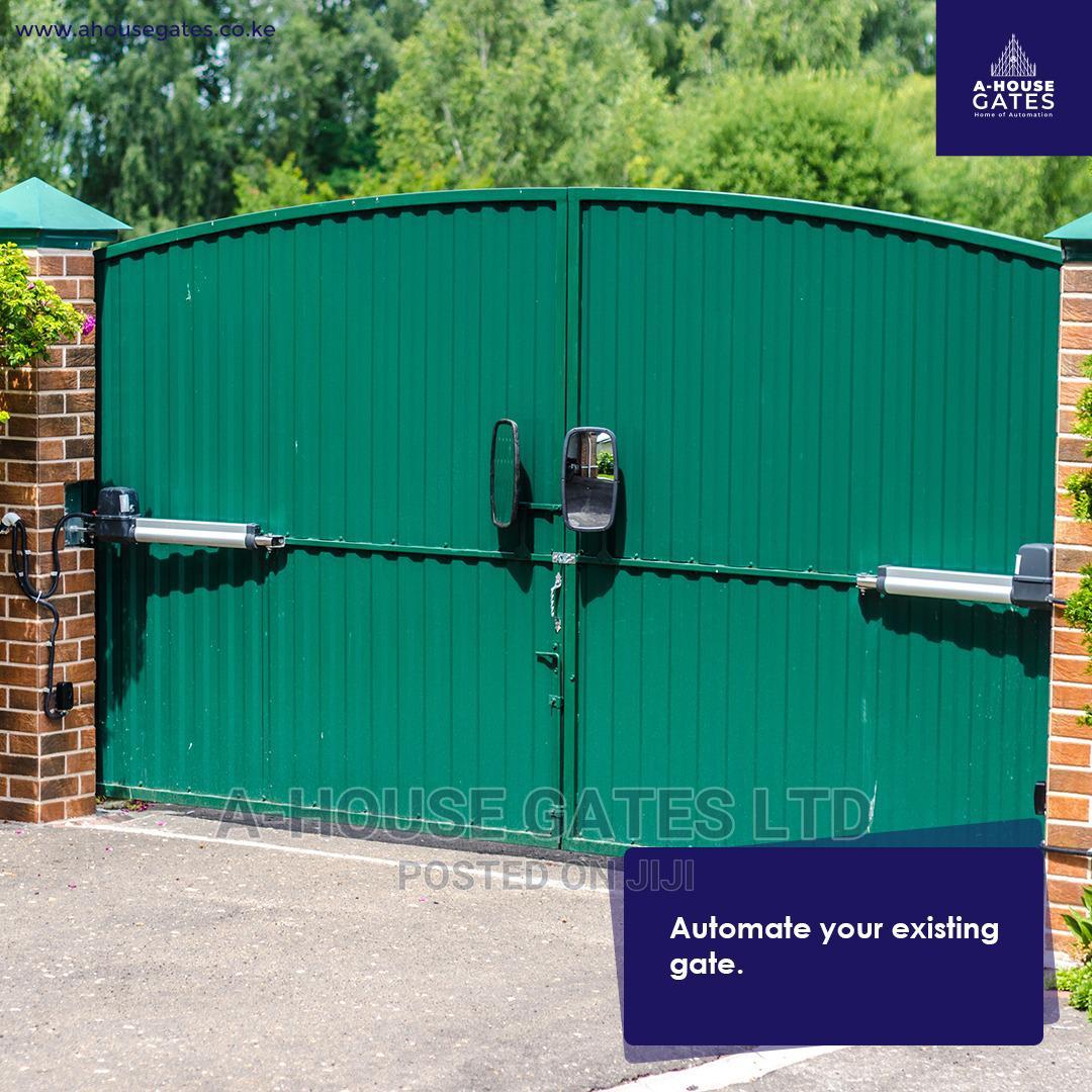 Swing Gate/ Electric Gates.