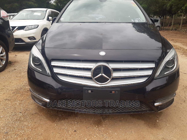 Mercedes-Benz B-Class 2014 Black