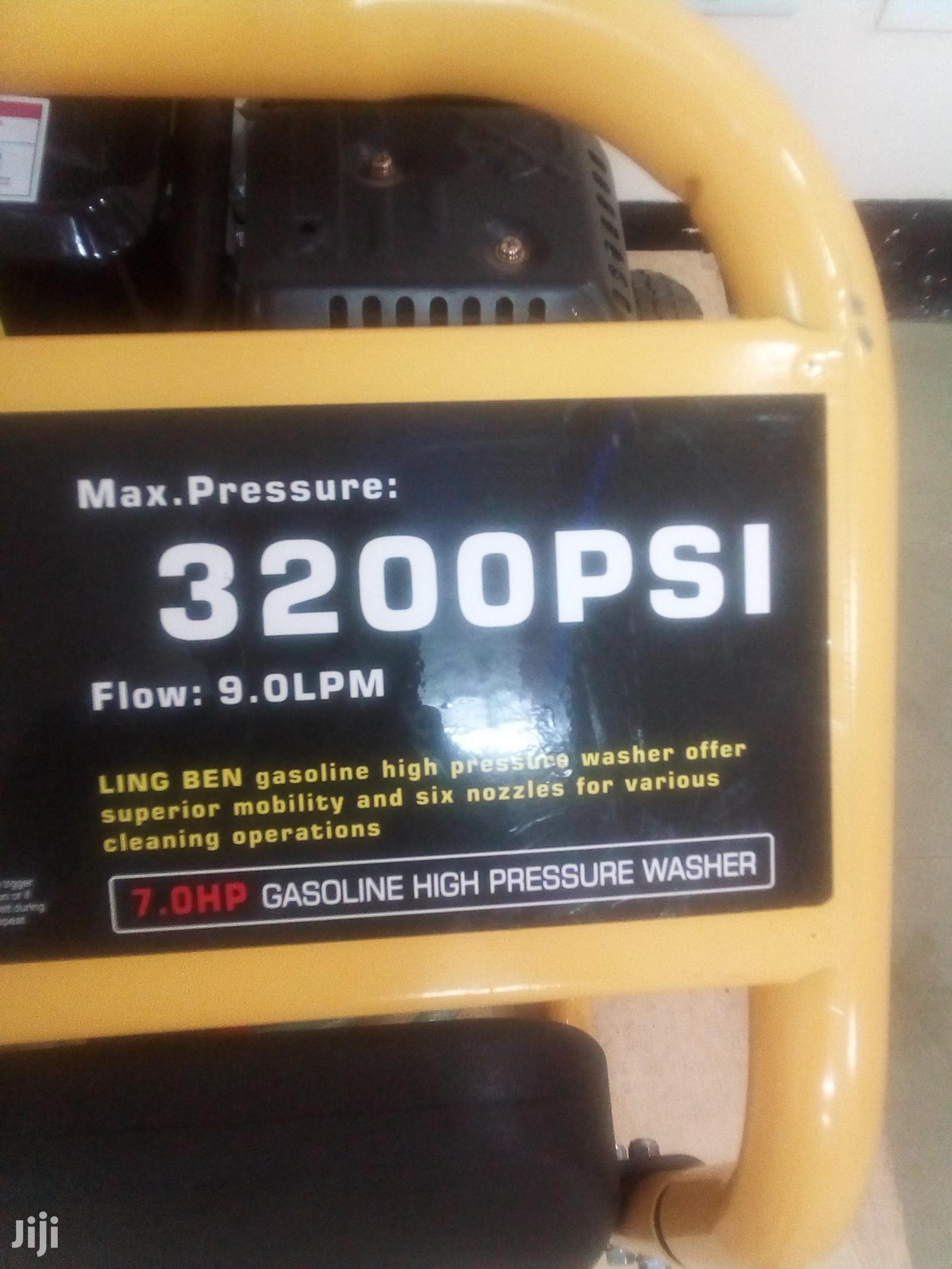 Brand New 3200psi Carwash Machine. | Vehicle Parts & Accessories for sale in Embakasi, Nairobi, Kenya