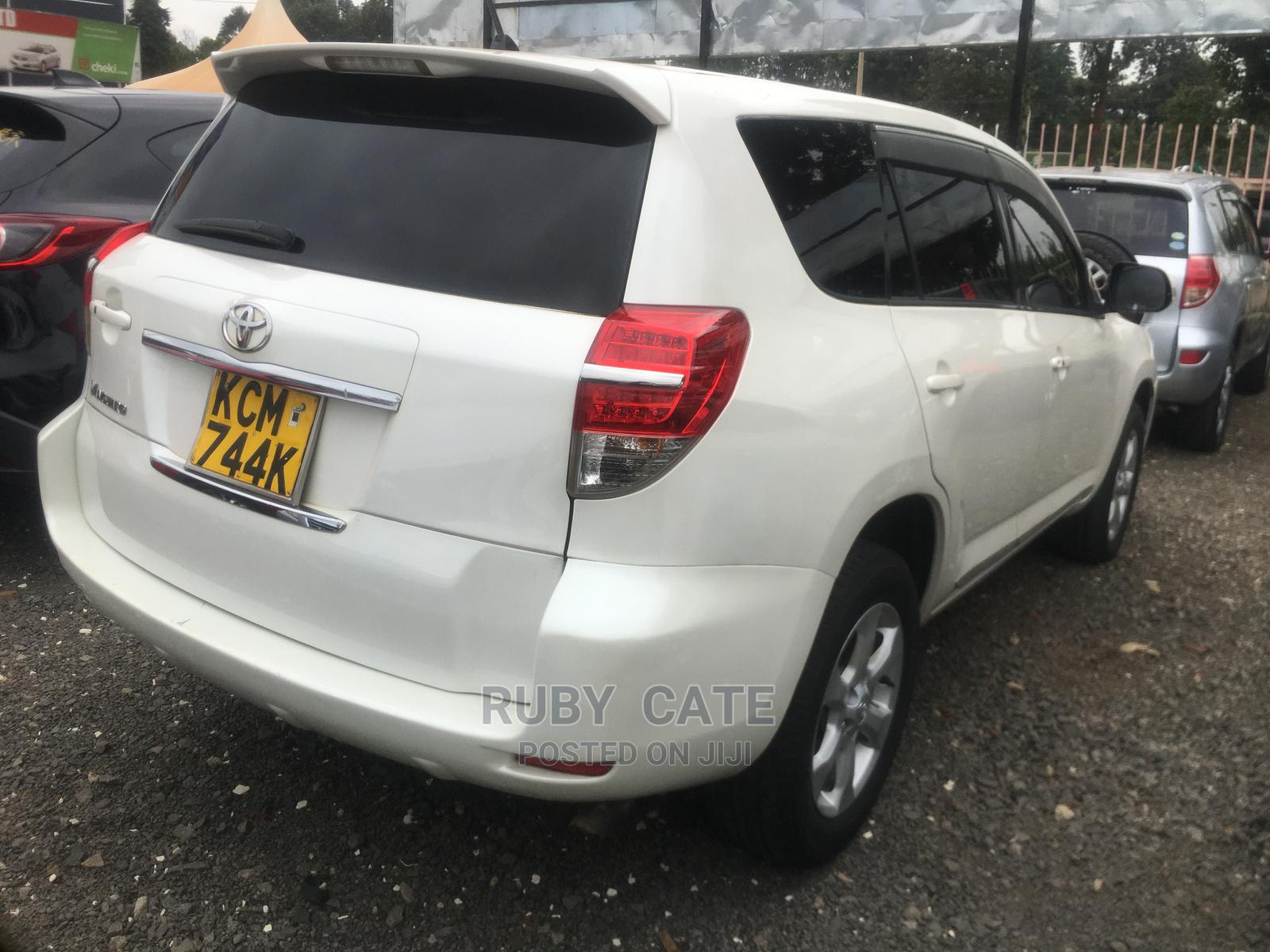 Toyota Vanguard 2010 White | Cars for sale in Ridgeways, Nairobi, Kenya