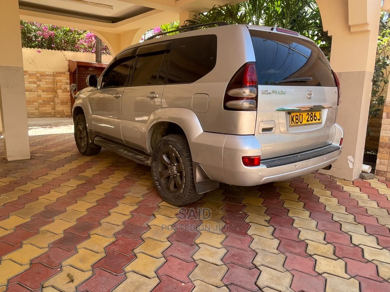 Toyota Land Cruiser Prado 2005 Silver | Cars for sale in Westlands, Nairobi, Kenya