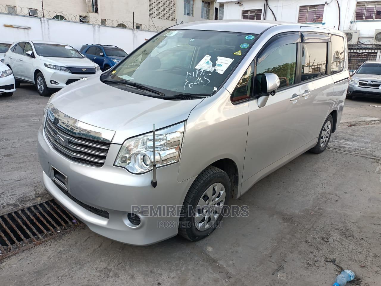 Toyota Noah 2014 Silver | Cars for sale in Mombasa CBD, Mombasa, Kenya