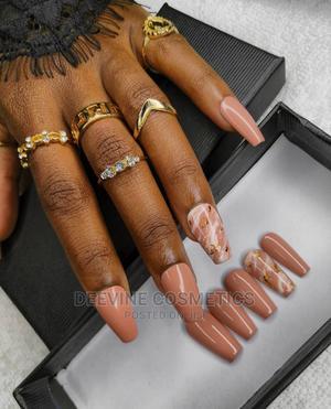 Marble Press on Nail Set.   Makeup for sale in Nairobi, Nairobi Central