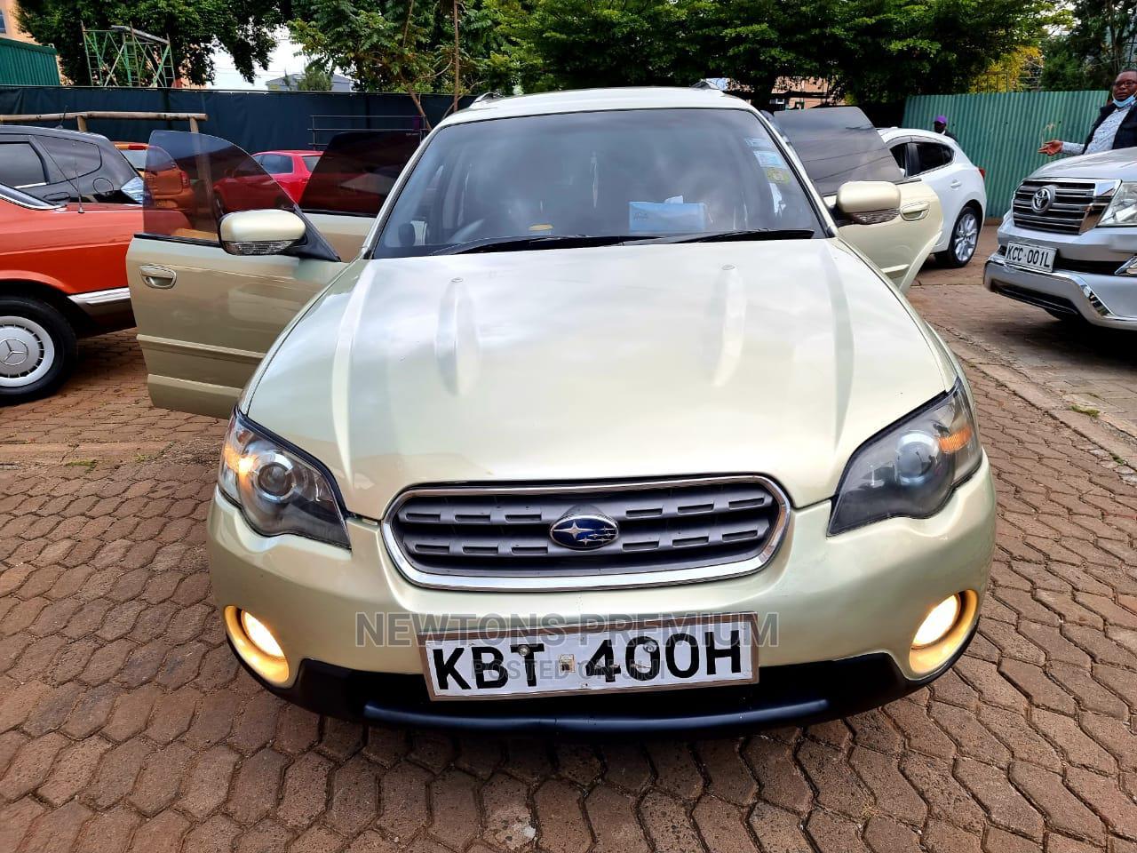 Subaru Outback 2006 Gold