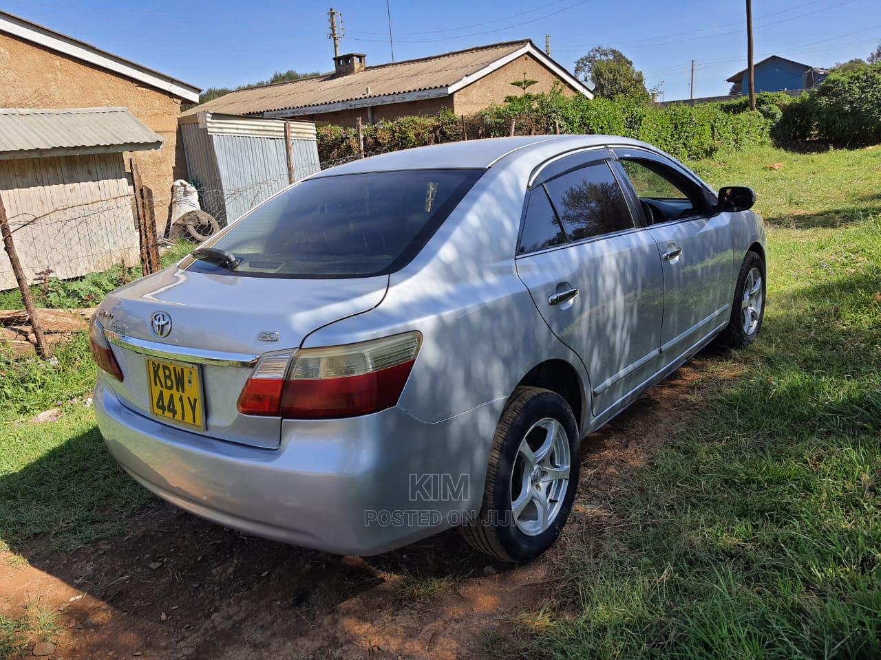 Archive: Toyota Premio 2005 Silver