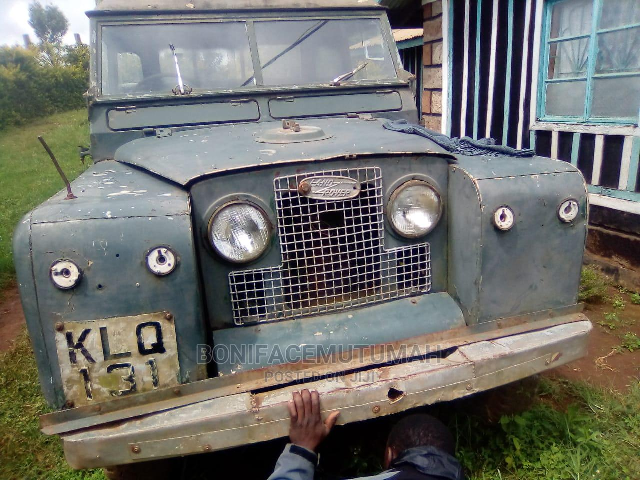 Archive: Land Rover Defender 1983 Gray