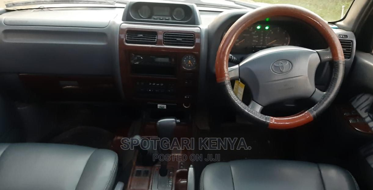 Archive: Toyota Land Cruiser Prado 2002 Silver