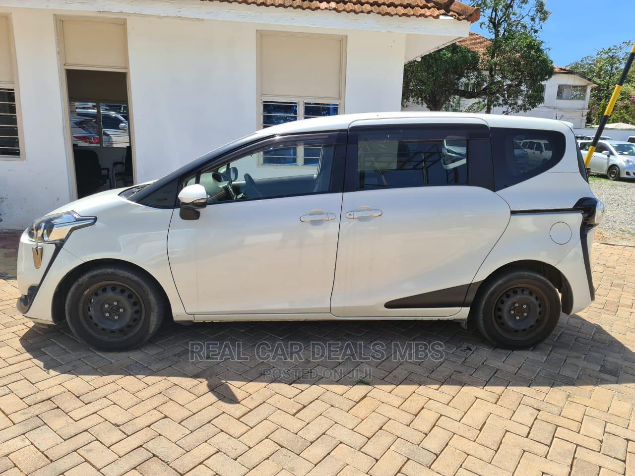 Toyota Sienta 2015 Silver | Cars for sale in Tudor, Mombasa, Kenya