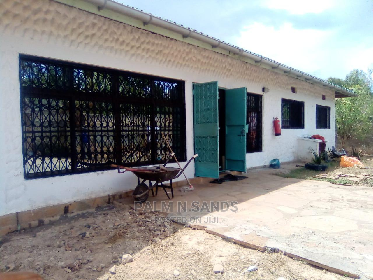 3bdrm Villa in Ukunda for Sale