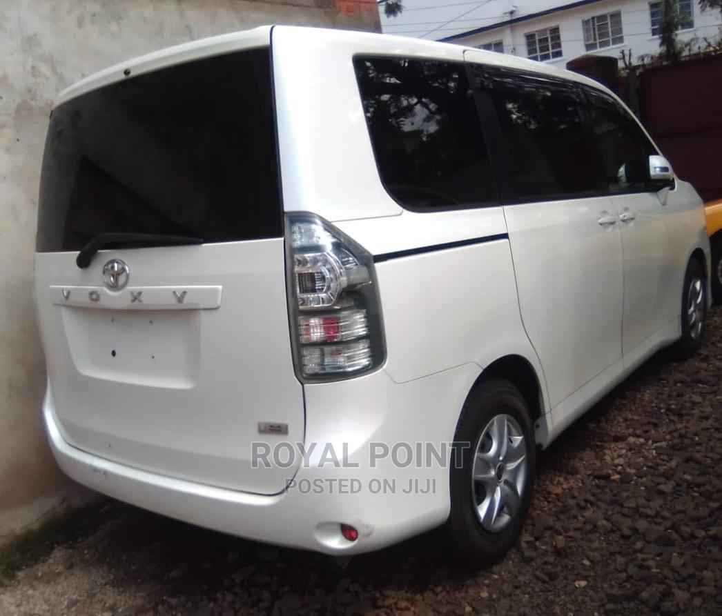 Toyota Voxy 2012 White | Cars for sale in Nairobi Central, Nairobi, Kenya
