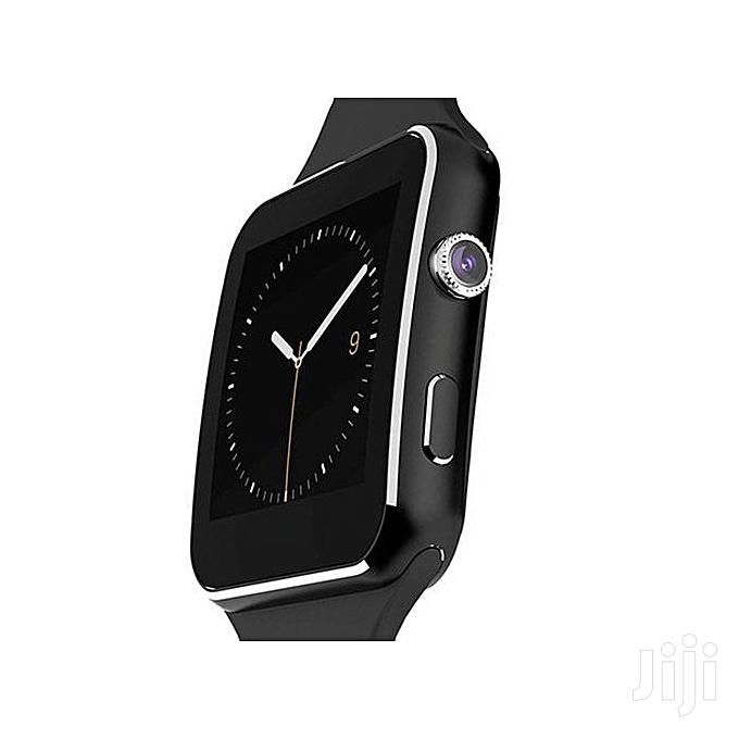 Smart Watch Phone MTK6260 0.3MP Camera - Black | Smart Watches & Trackers for sale in Nairobi Central, Nairobi, Kenya