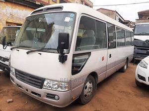 Clean Toyota Coaster 2013 White Diesel Manual | Buses & Microbuses for sale in Nairobi, Kileleshwa