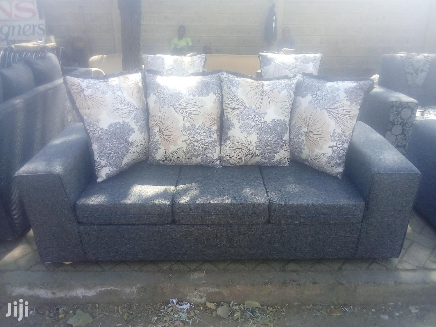 Archive: Stylish Modern Quality Ready Made 5 Seater Sofa