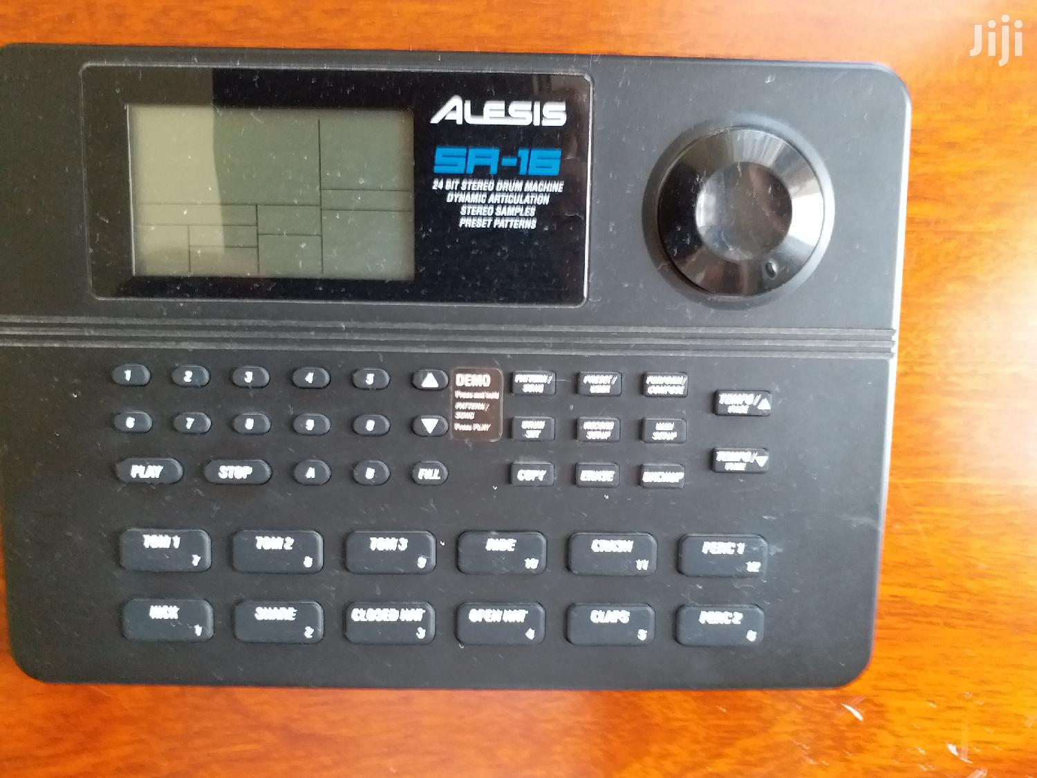Archive: Alesis SR16 Drum Machine