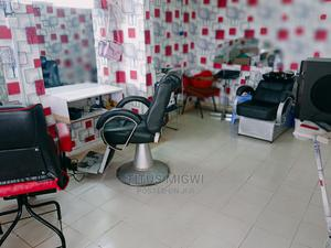 Professional Barber Urgently Needed,Show Be Perfect in All   Hair Beauty for sale in Machakos, Syokimau
