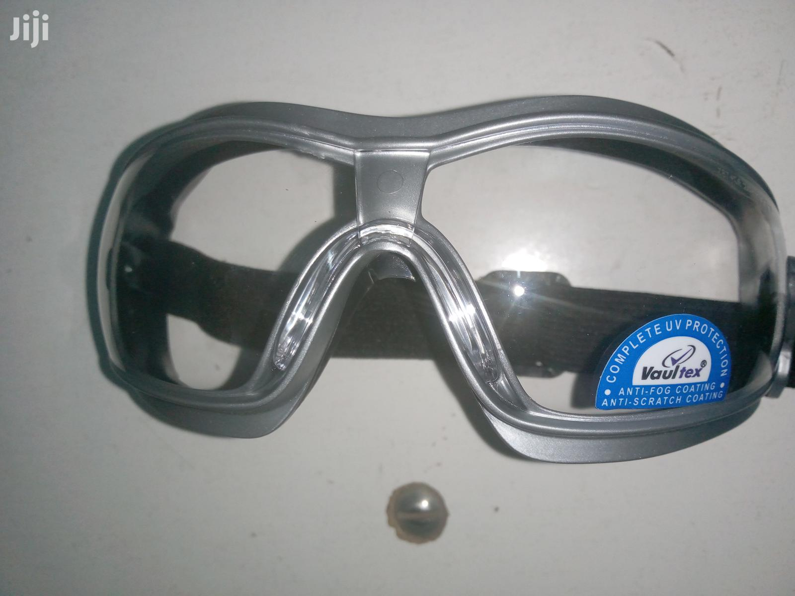 Archive: Clear Safety Goggles