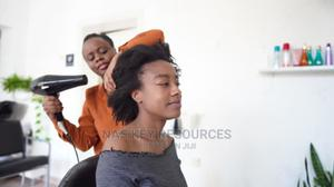 Salonist Beautician/Hairdresser wanted   Health & Beauty Jobs for sale in Mombasa, Bamburi