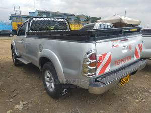 Toyota Hilux 2006 Silver | Cars for sale in Nairobi, Umoja