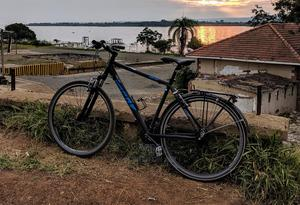 Hybrid Bike With 27 Speeds and Front Suspension | Sports Equipment for sale in Kisumu, Kisumu West