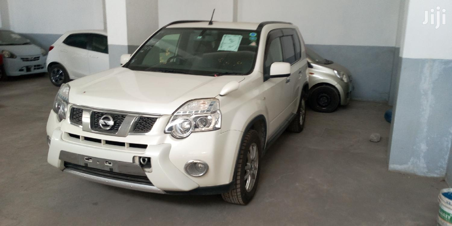 Archive: Nissan X-Trail 2013 White