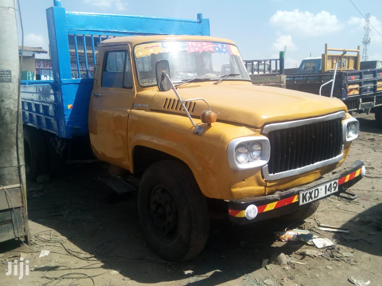 Archive: Clean Original Nissan Ud Kombora 1986