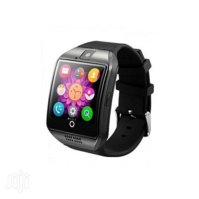 Smartwatch Q18 Smart Watch Phone - 0.8MP Camera – Single SIM