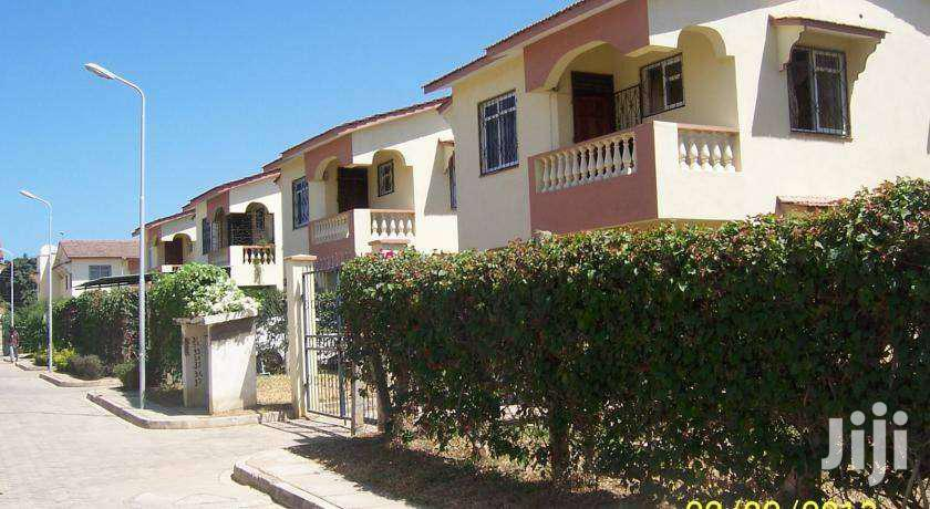 3 Bedroom Masionette SQ Bandari, Bombolulu Mombasa