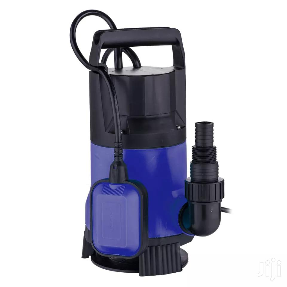 Submersible Pump 750W 13500L/H Plastic Water Black & Blue Mini Pump.