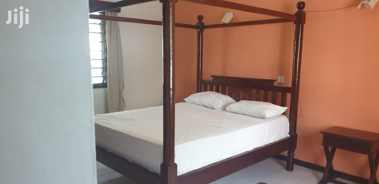Archive: 2 Bedroom Furnished In Nyali