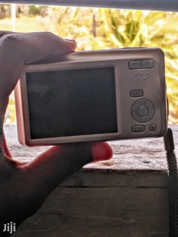 Archive: Fujifilm 16 Megapixel