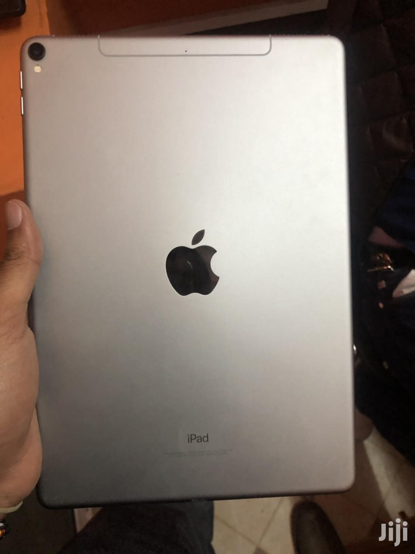 Archive: Apple iPad Pro 10.5 256 GB Silver