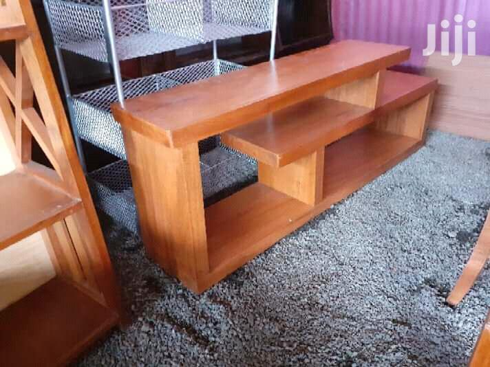 Archive: Classic Tv Stand