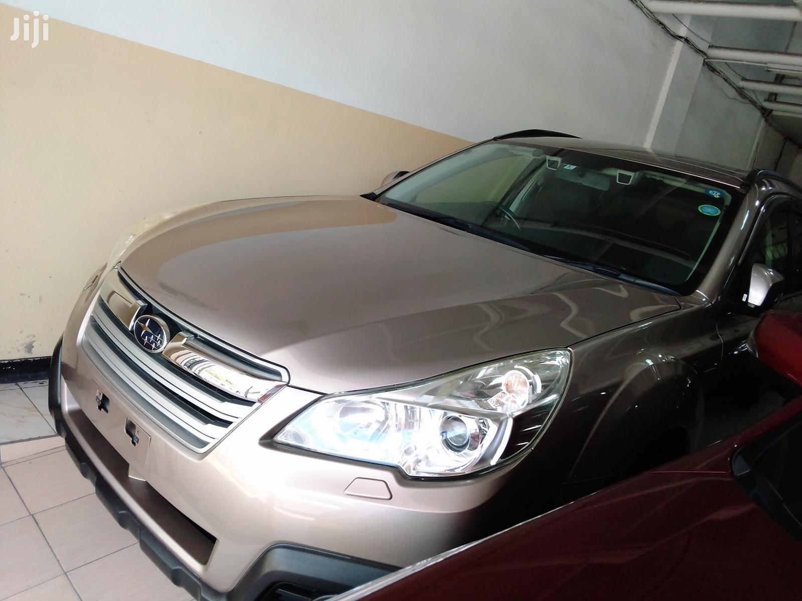 Subaru Outback 2013 Gold