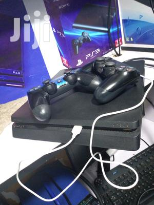 Chipped Ps4 With Two Controllers | Video Game Consoles for sale in Nairobi, Nairobi Central