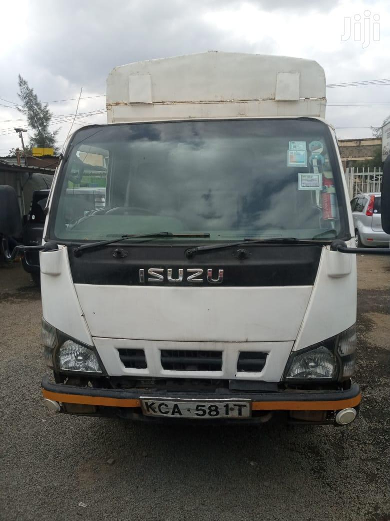 Isuzu NKR 2012 White For Sale