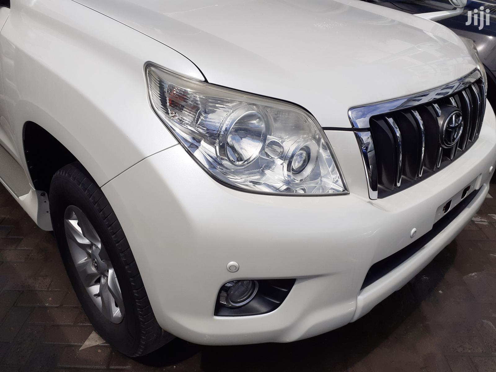 Toyota Land Cruiser Prado 2013 White