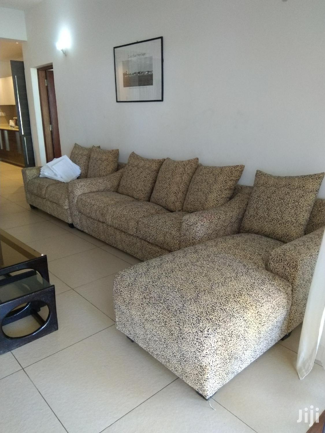 Archive: Fully Furnished 3 Apartment Front Row With A Pool