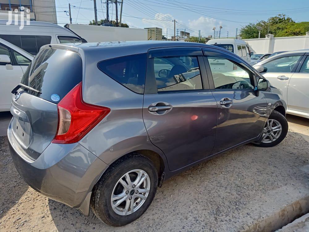 Archive: Honda Fit 2013 5D Gray