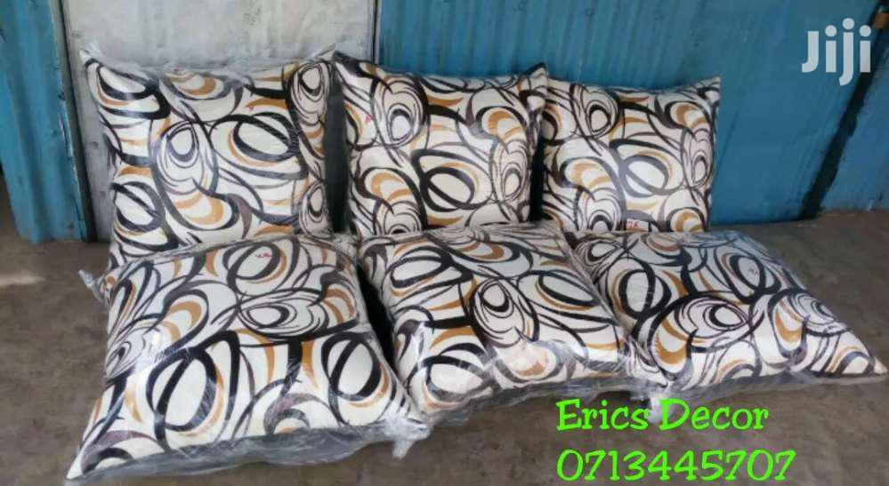 Floor Cushions/Poufs/Puffs